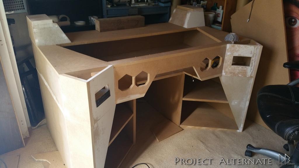 Un Desk Mod Futuriste Qui Envoie Du Pate