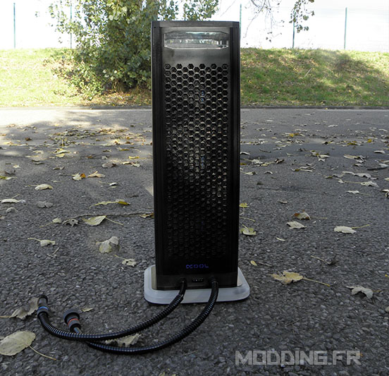 alphacool_eiswand_outside_unit-3