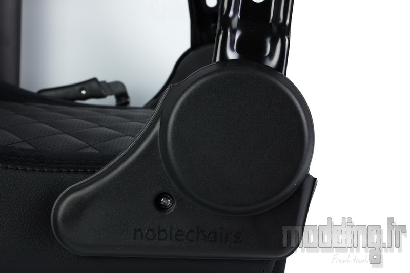NobleChairs 70