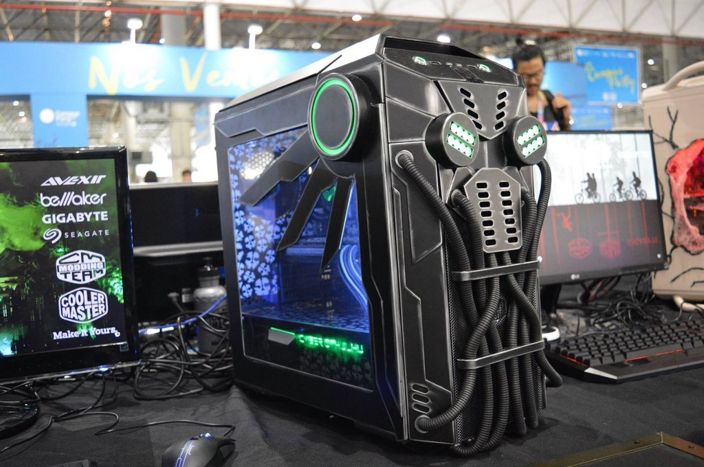 Campus Party Brasil modding (14)