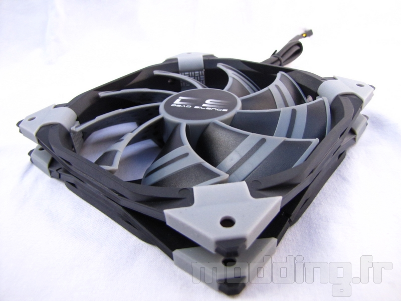 [TEST] Ventilateur Aerocool DS 140mm black