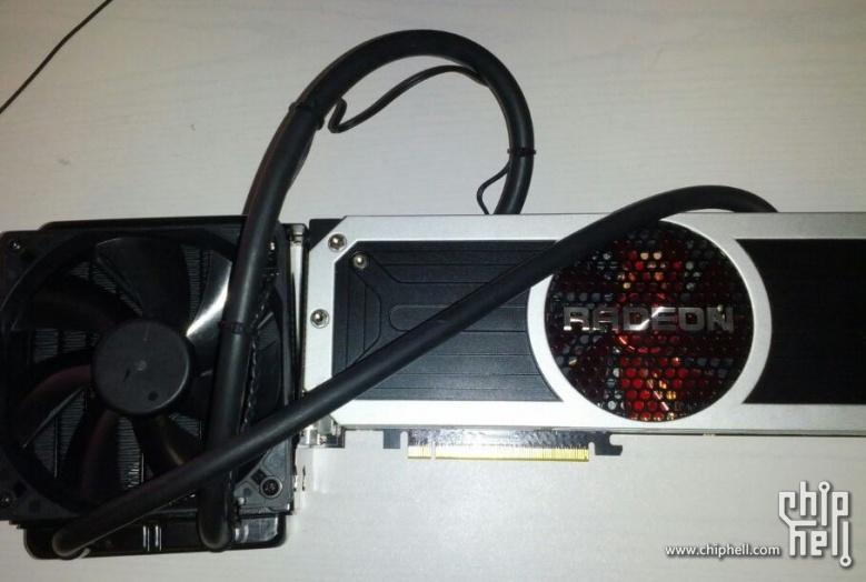 Premières photos de la Radeon R9 295X2