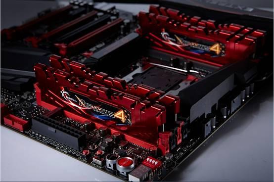 Record de fréquence pour de la DDR4, 4004MHz avec la G.skill Ripjaws 4
