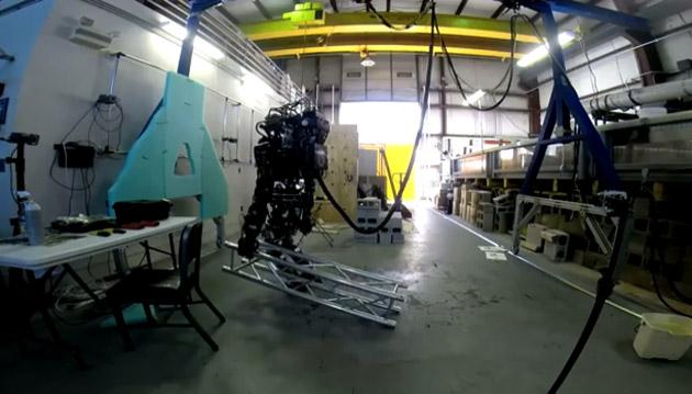 Un petit pas pour le robot