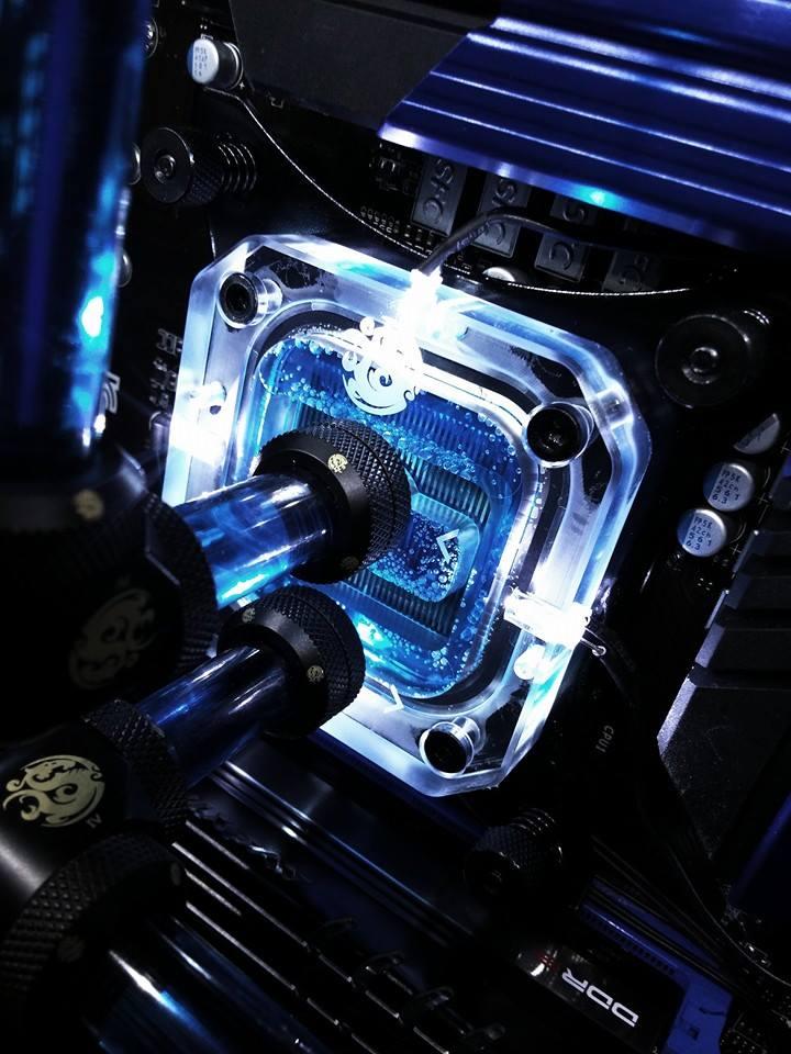[MOD] H²OC voit bleu