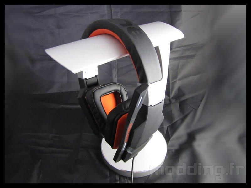 [TEST] Silverstone EBA01 - HiFi Audio Headphone Stand
