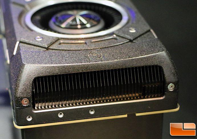 Nouvelles photos de la GeForce GTX Titan X