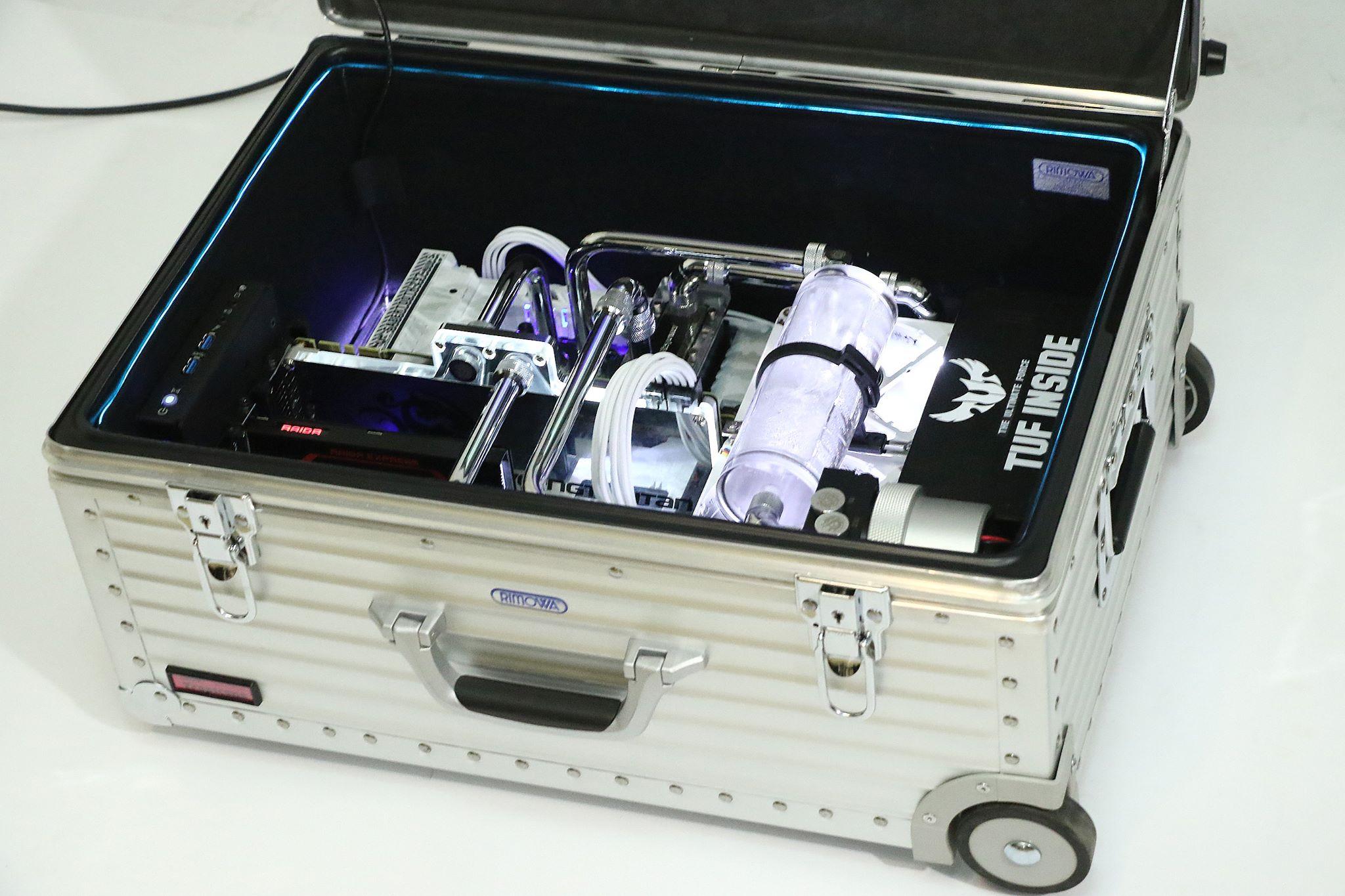 [MOD]  Superbe intégration dans une valise...