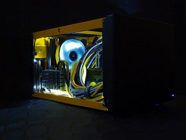[MOD] En jaune et noir