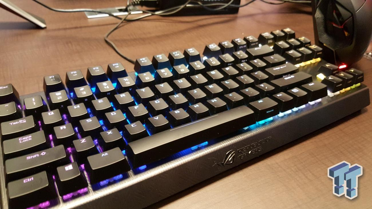 Computex : ASUS ajoute un clavier et une souris gaming