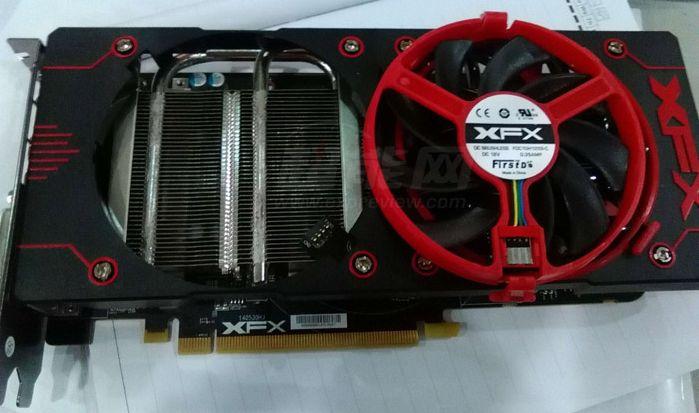 La Radeon R9 380x se montre timidement