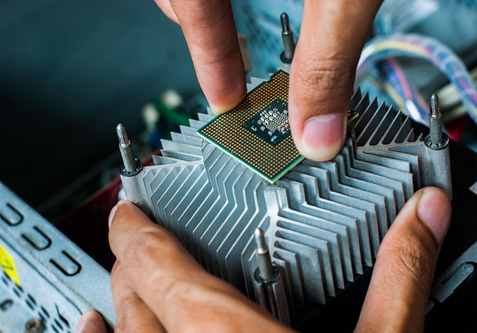 Bientôt une pâte thermique qui soude votre CPU à votre ventirad ?