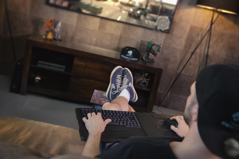 ROCCAT présente son dispositif de Gaming pour canapé