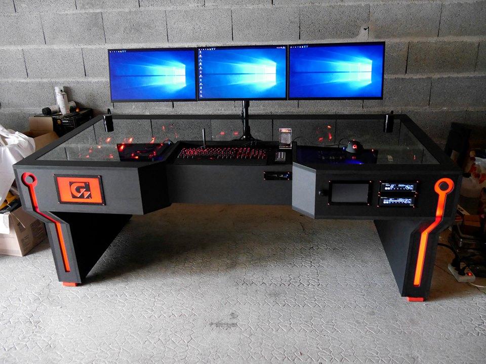 [MOD] deskmod GameinfoTech