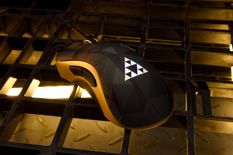 Une nouvelle ligne de périphériques inspirée par Deus Ex chez Razer