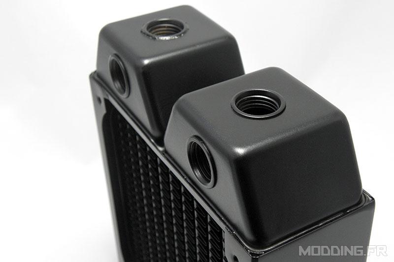 alphacool_nexxxos_xt45_120mm_top_ports