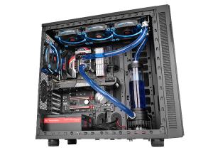 Thermaltake-Pacific-R360-Water-Cooling-Kit-System-Installation_w_600