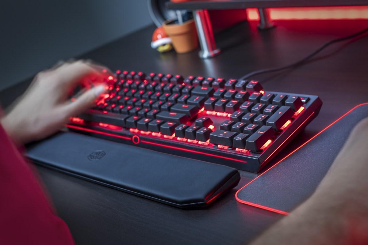 Cooler Master lance le clavier MasterKeys MK750