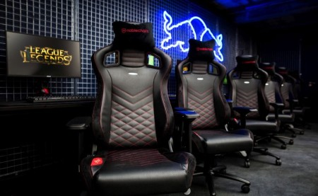 red bull gaming sphere-noblechairs1a