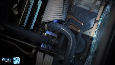 modding-hour-50-hardware31-phanteks-glacier-(20)