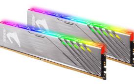 GIGABYTE lance un kit Aorus DDR4-3200 16 Go sans