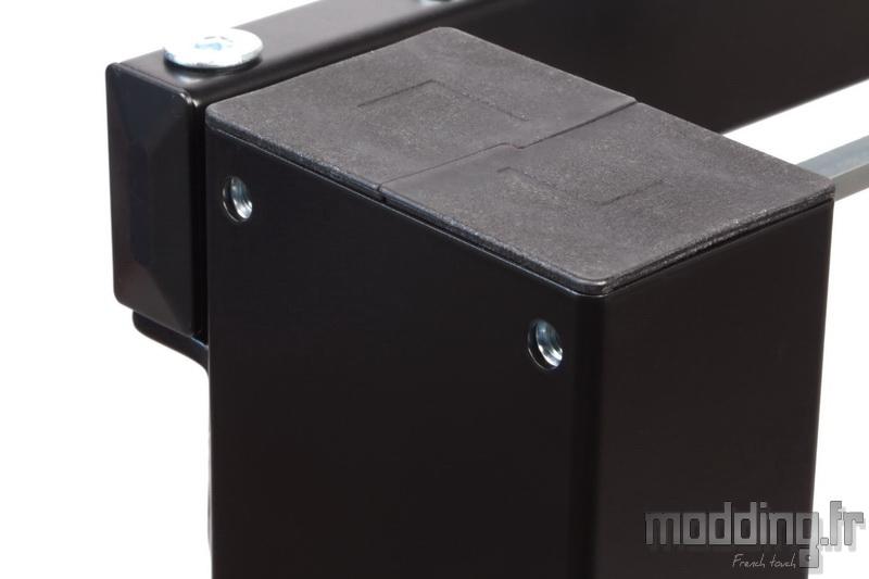 Desk D16E 104
