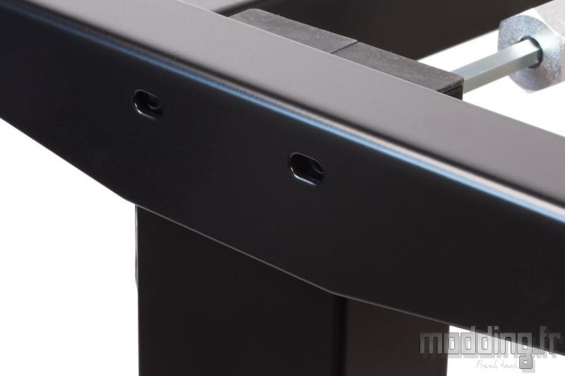 Desk D16E 105