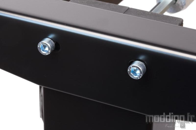 Desk D16E 106