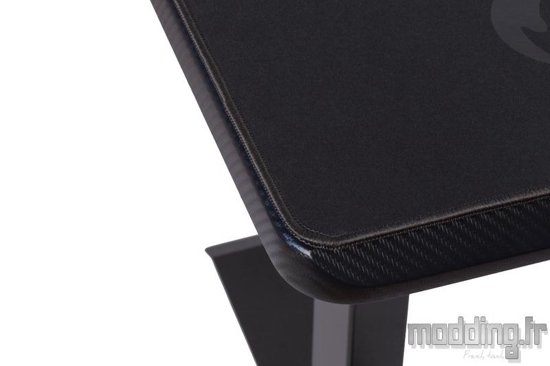 Desk D16E 138