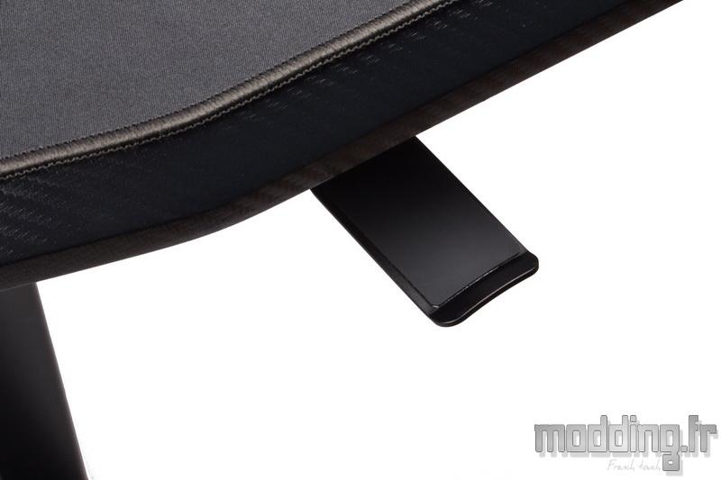 Desk D16E 141