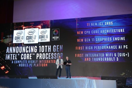 Uri Frank (right), Intel vice president of platform engineering in the Client Computing Group, with Gregory Bryant, Intel senior vice president in the Client Computing Group, announce the launch of the 10th Gen Intel Core processors on stage at Computex 2019 on Tuesday, May 28, 2019, in Taipei, Taiwan. (Credit: Intel Corporation)