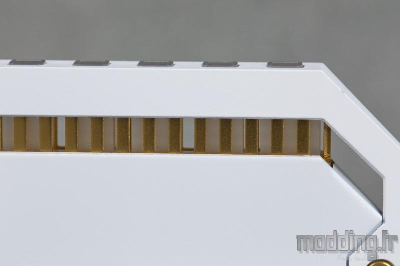 Dominator Platinum RGB White 10