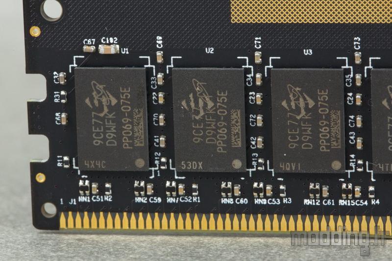 Dominator Platinum RGB White 32