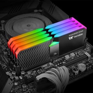ToughRAM XG RGB DDR4 (2)