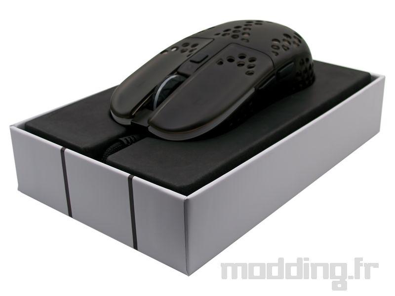 xtrfy MZ1 in box open
