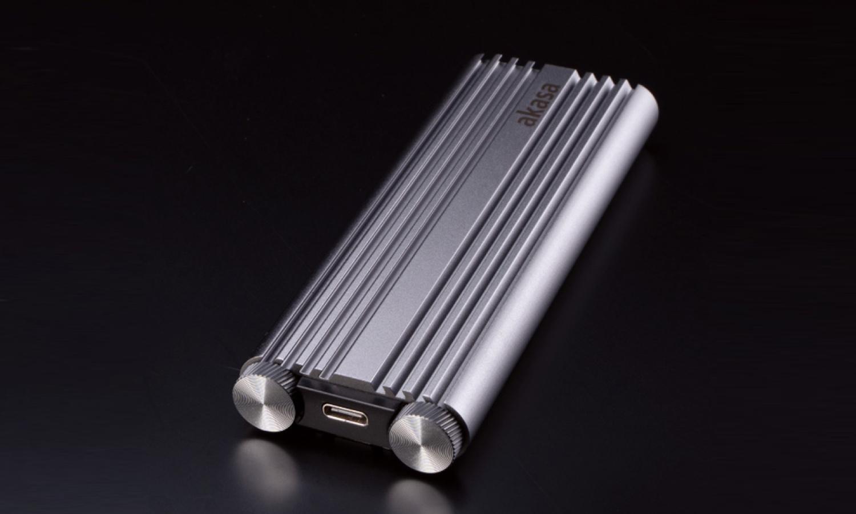 Le boîtier d'Akasa pour SSD m.2 offre des vitesses allant jusqu'à 20 Gbit/s