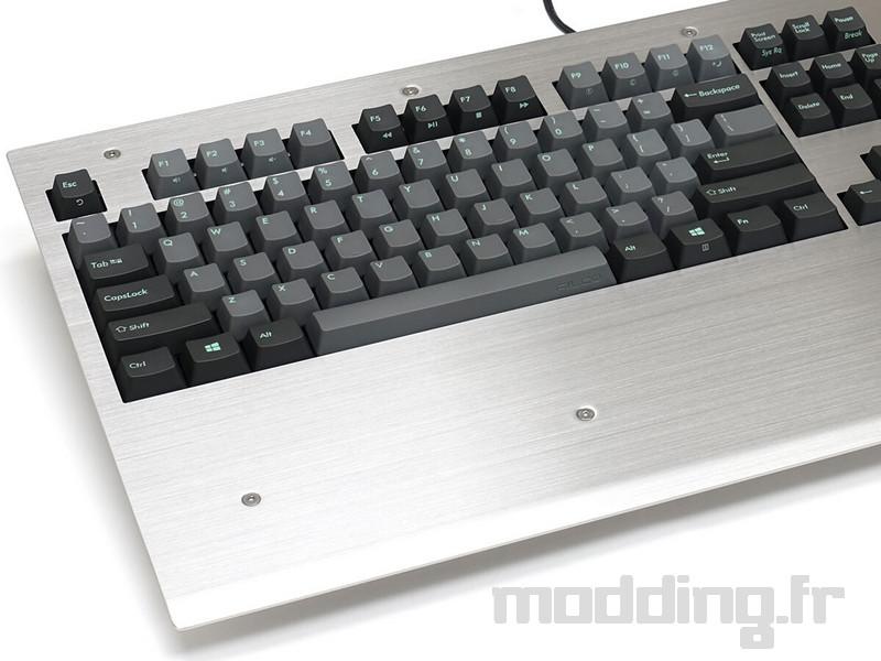 Filco lance un clavier en acier inoxydable